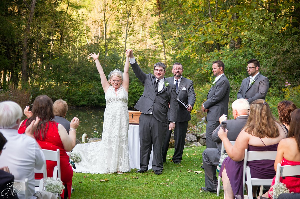 fun candid ceremony moments albany wedding photographer
