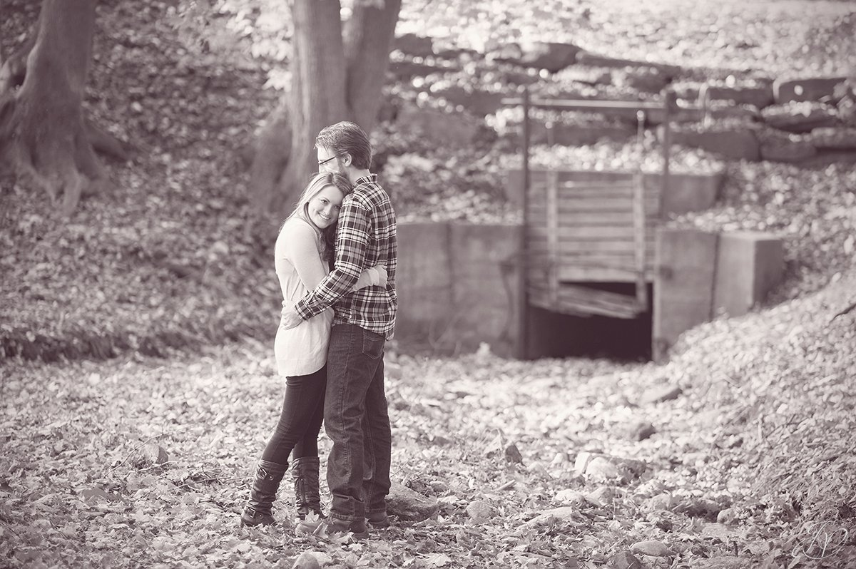 romantic fall engagement pictures black and white