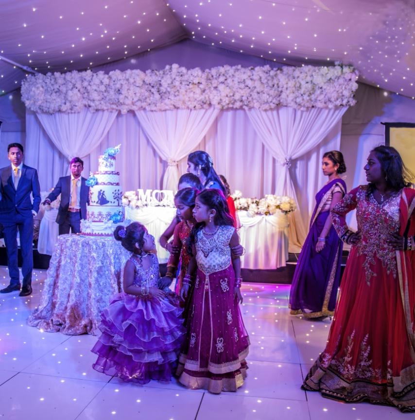 Elegance decor wedding backdrops wedding decoration hire greater elegance decor wedding backdrops wedding decoration hire greater london junglespirit Images