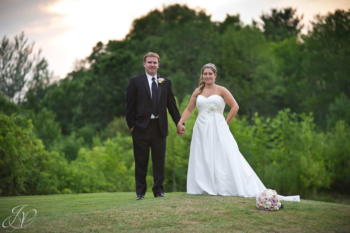 Saratoga Wedding Photographer, Mohawk River Country Club & Chateau, bride and groom photo, bride and groom sunset