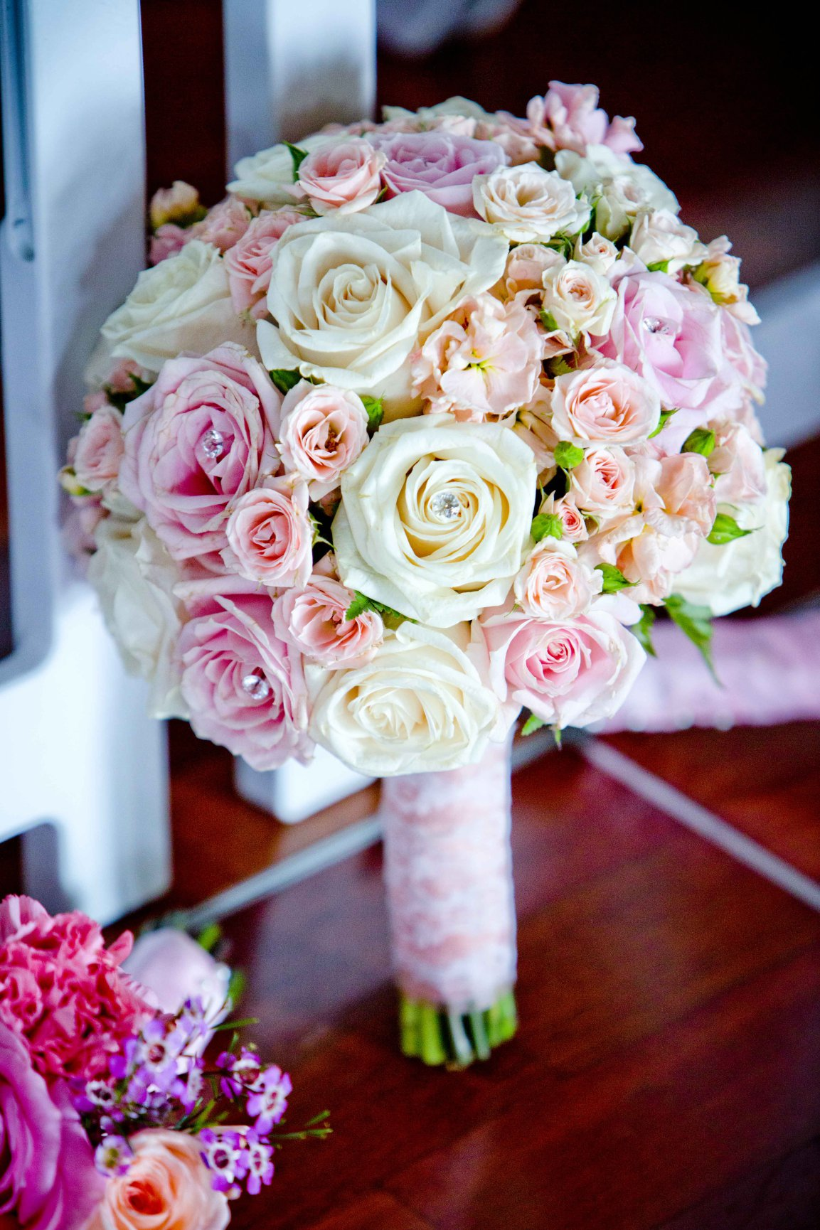 Bridal Bouquets The Latest And Greatest Brett Charles Rose