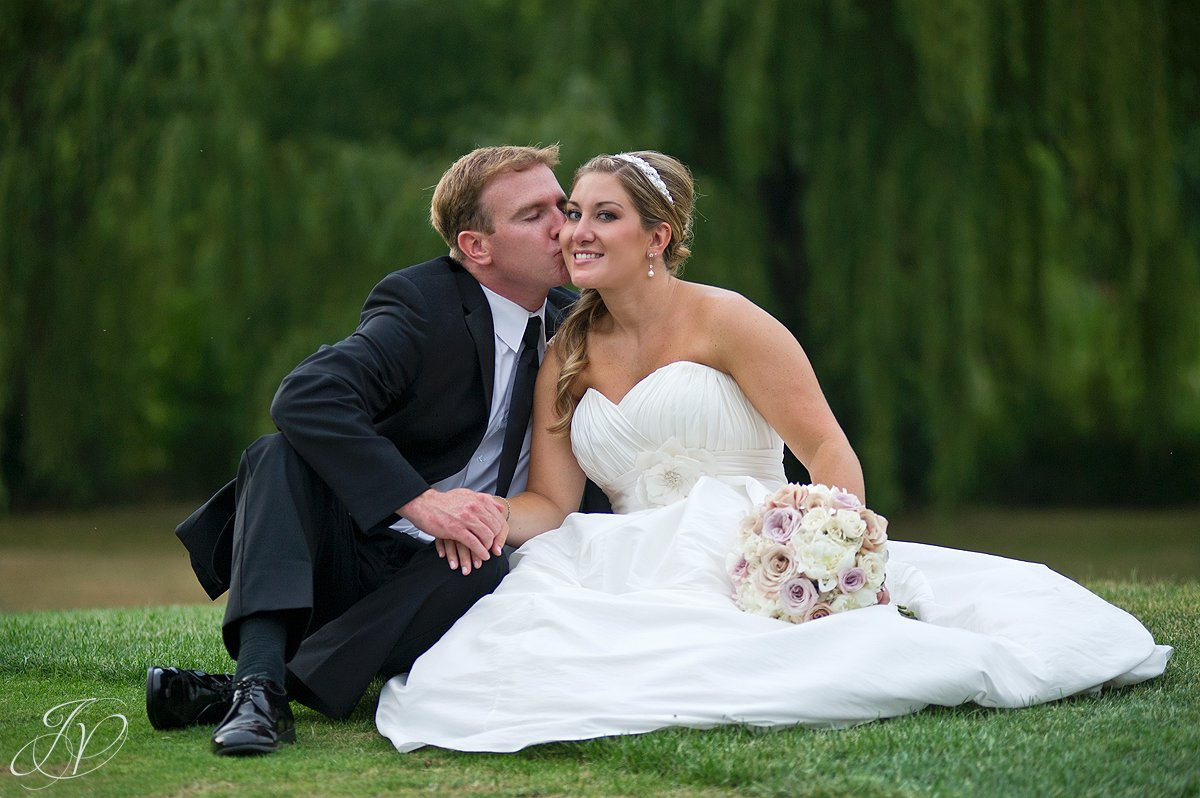 Saratoga Wedding Photographer, Mohawk River Country Club & Chateau, bride and groom photo, beautiful bride and groom photo
