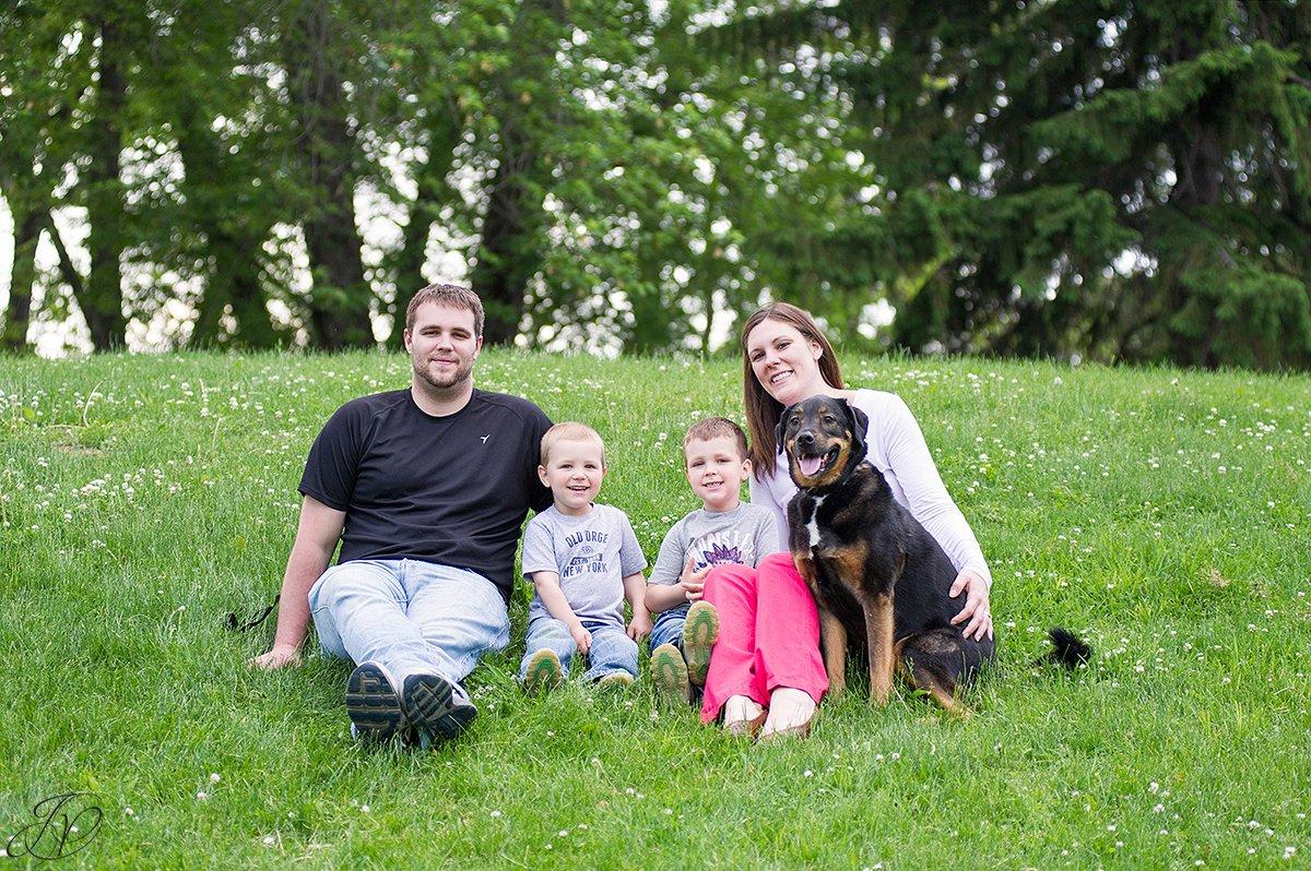 animal rescue family, family portrait