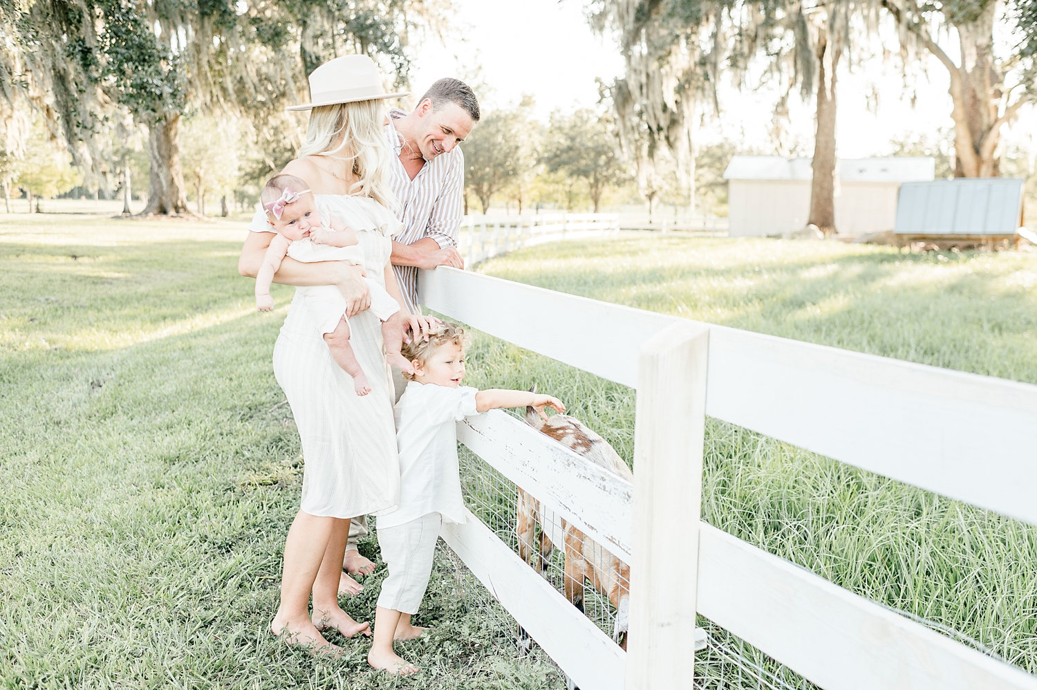 Ryan Lochte wife, Ryan Lochte family, rustic family photo session, farm, Congaree and Penn, Rya Duncklee